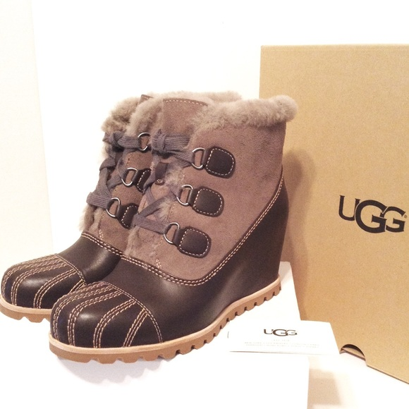 9f7312c0580 Ugg Ankle Boots Alasdair Waterproof Wedge NIB NWT